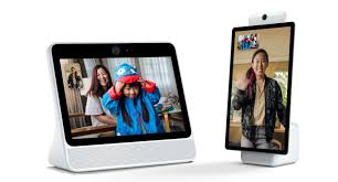Facebook Video Chart Facebook Launches Portal Auto Zooming Video Chat Screens For