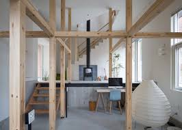 Akasaka Shinichiro Uses Timber Framework For Adaptable House - Japanese house interiors