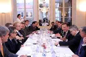 president varela leads business round table to strengthen dutch investments