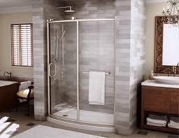 image of hinged glass bathtub doors