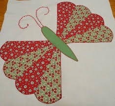Dresden plate butterfly – lovely old fashioned quilt block | I Can ... & Dresden plate butterfly – lovely old fashioned quilt block Adamdwight.com