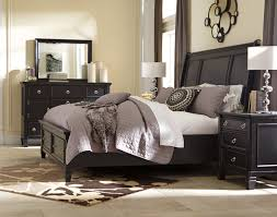 ASHLEY GREENSBURG Queen Bedroom Set With Storage Bed - Dream Rooms ...