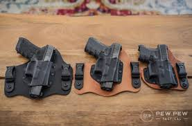crossbreed holsters with g17 g19 g26