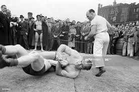 Primo Carnera v Al Hayes, Open Air Training Session at Ludgate Circus...  News Photo - Getty Images