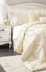cream and white bedding best 25 cream bedding ideas on farmhouse bedrooms