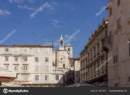 famous ancient architecture. SPLIT, CROATIA - AUGUST 11 2017: Architectural View Of Ancient Buildings In Narodni Square Split, With Its Famous Tower Clock \u2014 Photo By Greta6 Architecture