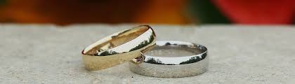 <b>Gold vs</b> Platinum   What's the Best Metal for Your Ring