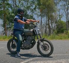 gold coat cafe racer scrambler tracker custom motorbike