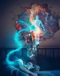 Qué pasa cuando dormimos? Cuando dormimos, nuestra alma despierta. No somos  nuestro cuerpo, en esencia, somos la conciencia que h… | Viaje astral,  Imágenes, Mente
