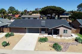 single and one story homes in 92008 ca