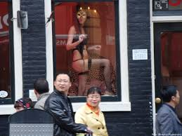 Red Light District Women The Business Women In The Red Light District Dont Typically
