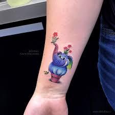цветная татуировка портрет девушки в стиле ньюскулнеотрад на