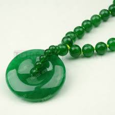 round 10mm beads green malaysia jade donut pendant necklace 30 inch jn053