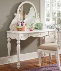 Modern Bedroom Vanity Table