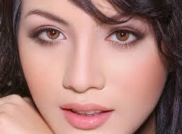 Bấm mí Dove Eyes cho một đôi mắt đẹp tự nhiên