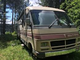 Chevy engine 1988 Southwind Southwind Fleetwood camper motorhome ...