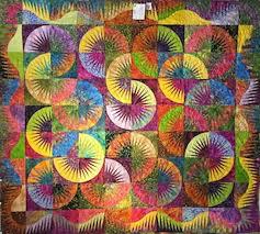 Kauai Hawaiian Quilt Show, Lihue, Hawaii | Hawaiian Airlines & colorful quilt Adamdwight.com