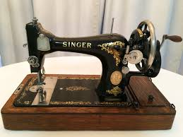 Pictures Of Old Sewing Machines
