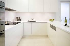 White Kitchen Cabinet Handles White Kitchen Cabinets Without Handles Kitchen Cabinets No Handles