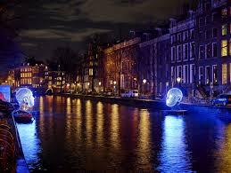 Friendship Amsterdam Light Festival Amsterdam Light Festival 2015 Talking Heads Victor Vicsek