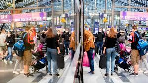 Denn nach wie vor ist unklar, wann die warnstreiks beginnen. Bahnstreik Beendet Millionen Von Menschen Waren Betroffen Zdfheute