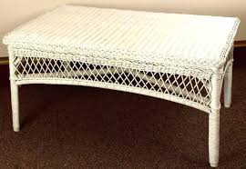 white wicker end table round