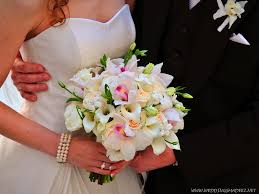 Light Blue White Roses Lily Wedding Bouquet Photo Gallery Pictures By Dolce Vita Florist In Aberdeen Quilts In The Barn Qitb And Brenda Patty