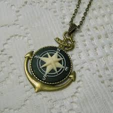 compass rose cameo pendant necklace