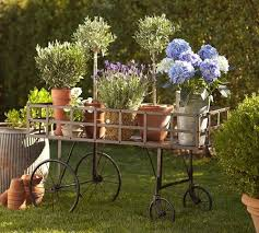 garden decoration. Garden Decoration R