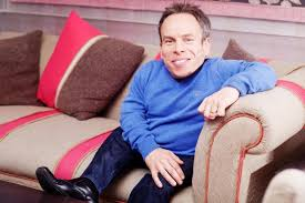 Now you can enjoy all the fun of the hit itv quiz show hosted by warwick davis in the comfort of your own home. Warwick Davis It S Ok To Say Dwarf The Times