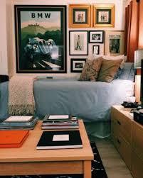 wall decor for guys dorm