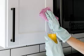 cleaning food grease from wood cabinets