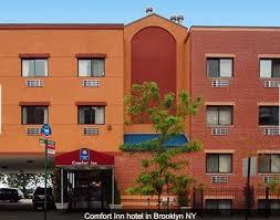fort inn hotel exterior