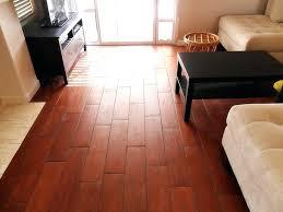 ceramic tiles that look like wood tiles that look like hardwood floors tile looks wood flooring