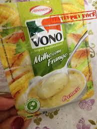 Não sou fã dessas sopas de pacotinho mas resolvi dar uma chance à vono da marca ajinomoto experimentei o sabor milho com frango e achei bem razoável