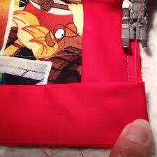 Quilt Binding: Turning Corners • The Crafty Mummy & quilt binding turn corner 3 Adamdwight.com