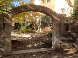 construction of vaults in stone customised arches and vaults hand carved in natural stones