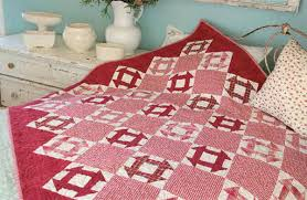 Friday Free Quilt Patterns: Peppermint Dash   McCall's Quilting ... & ... Friday FREE pattern: Peppermint Dash designed by Darlene Zimmerman!  This red-and-white pieced Christmas quilt is quick and easy to make, and  the perfect ... Adamdwight.com