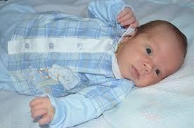 Resultado de imagem para lindos bebês