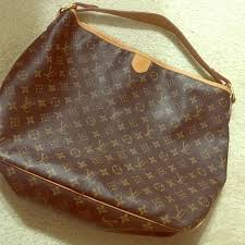 louis vuitton used bags. louis vuitton canvas bag gently used purse - price is firm. thank you bags