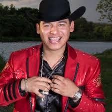 José ariel camacho barraza nació el 8 de julio de 1992 y falleció en un accidento automovilista el 25 de febrero de 2015 nació en sinaloa, méxico. Ariel Camacho Celebrity