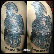 фото татуировки спартанец в стиле черно белые татуировки на плече