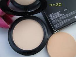 mac studio fix powder plus foundation nc 20