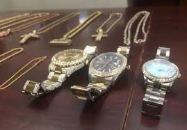 just in police arrest 4 in icebox jewelry heist in buckhead
