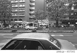 モノクロ 昭和 白黒 路地 昭和の風景の写真素材 Pixta