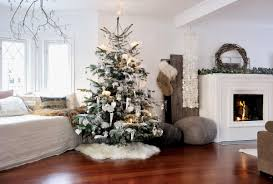 Living Room Christmas Decoration 17 Christmas Living Rooms Were Loving Freshomecom