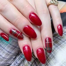 How To Christmas Nail Designs 45 Christmas And Holiday Nail Art Ideas Allure