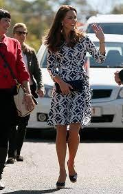 Diane von furstenberg dvf full length palm windsor floral green wrap dress. Kate Middleton Does Casual Chic In Diane Von Furstenberg Wrap Dress Hello