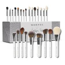 i loveeeee my jaclyn hill brush set i d do recommend it to all of my friends i could have pick a better brush set for my first nice brush set