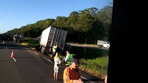 Truck Crash 2012 Qld Australia - YouTube